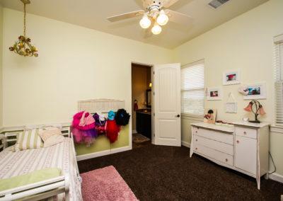 011_Bedroom